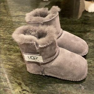 Gray baby Uggs size medium 12 to 18 months